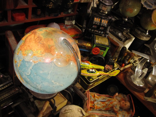 Schonmaier Globe.jpg